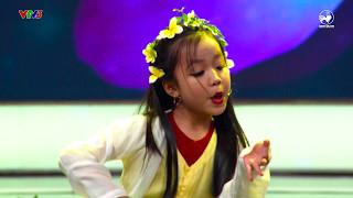 Biệt tài tí hon   Ca nương 7 tuổi Tú Thanh gây bất ngờ với khả năng hát Chèo, Chầu Văn cực đỉnh
