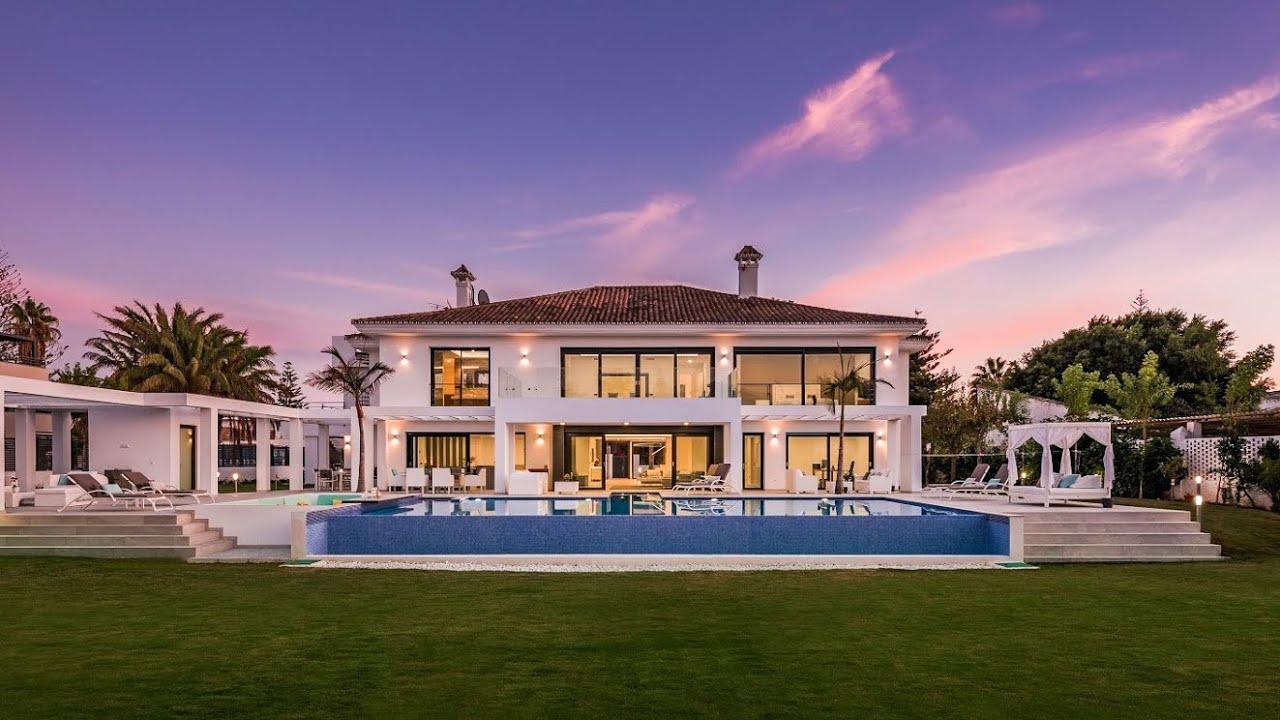 Villa  zu verkaufen in   Casasola, Estepona