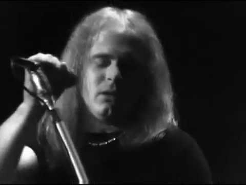 Lynyrd Skynyrd - The Needle And The Spoon - 4/27/1975 - Winterland (Official)