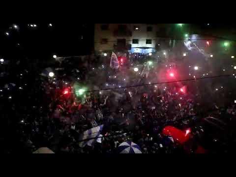 """""""Banderazo 98 años"""" Barra: La Banda del Expreso • Club: Godoy Cruz"""