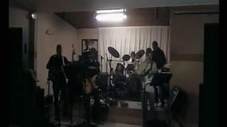 FOLHAS DE OUTONO - Musica De Roberto Carlos Ensaiada Pelo Grupo Musical Gold Times.
