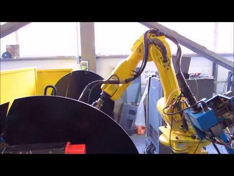 Robot spawający FANUC ARC MATE 100i, stół 2-paletowy uchylny - zdjęcie