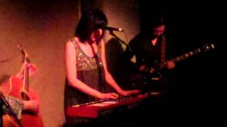 May 11, 2011: Damon & Naomi w/ Michio Kurihara @ Cafe Oto
