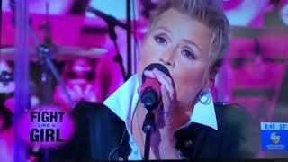Anita Cochran performs on GMA