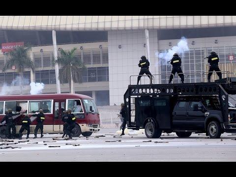 Diễn tập chống...khủng bố bảo vệ Đại hội Đảng 12