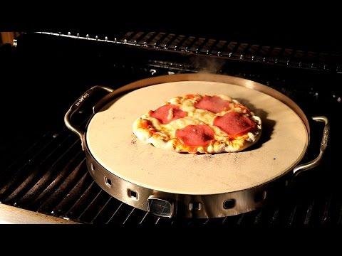 Test des Broil King Pizzastein Set Premium