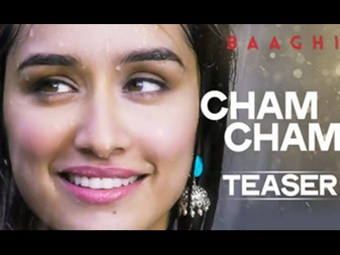 Shraddha-Kapoor-in-Cham-Cham-Teaser-Song-Baaghi-Full-Video-Tiger-Shroff