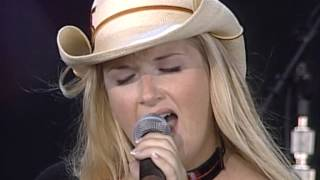 Trisha Yearwood - There Goes My Baby (Live at Farm Aid 1999)