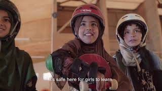 Picture of a movie: Learning To Skateboard In A War Zone (if You're A Girl)