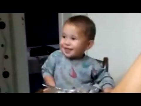 Kid sneaks in bite of food during family prayer