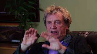 Can't Stand Losing You | Andy Summers on Love of Music | DVD Extras