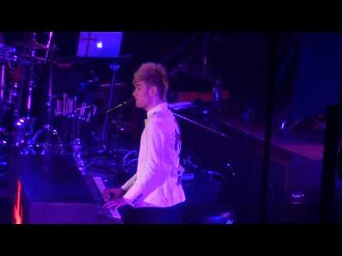 Colton Dixon - Scars - Miracle Tour NY 2013
