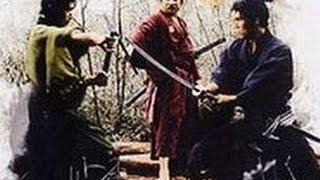 Старый мастер кунг-фу Шаолинь в бою........