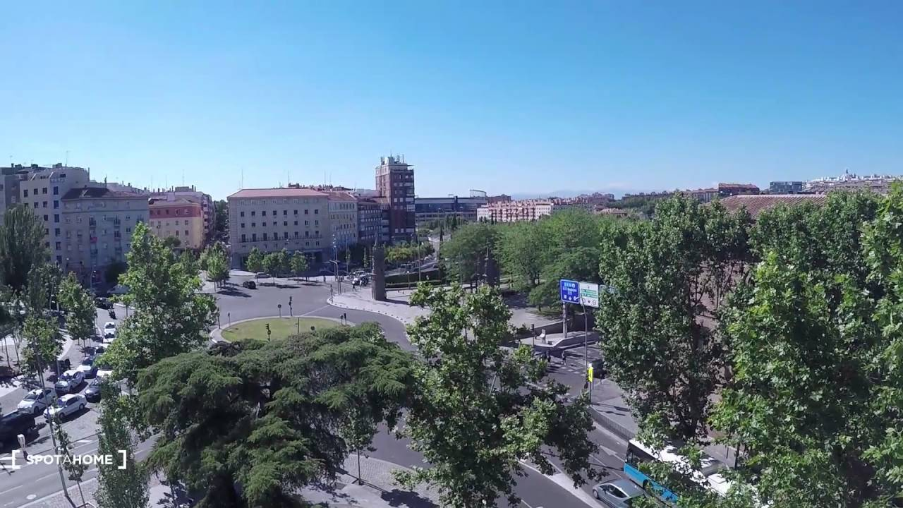 Housing with window with street view in 3-bedroom apartment, Carabanchel