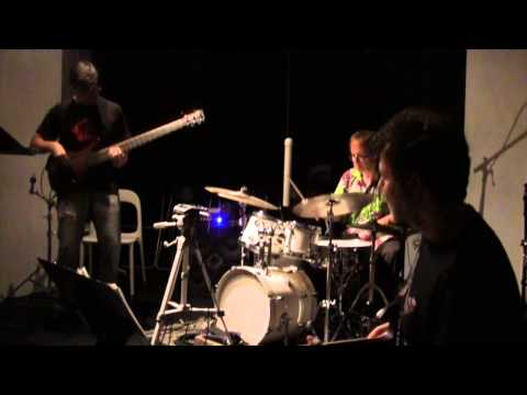 Hypercolor: Transist live @ The Stone, NYC, 20 July 2014 online metal music video by HYPERCOLOR