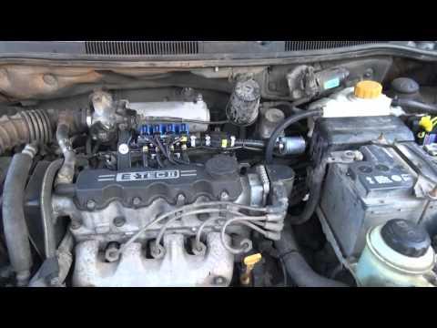 Der Ersatz der Verlegung kajron das Benzin