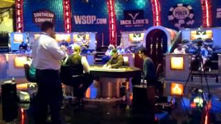 English Poker Hooligan Fans Going Balistic At A WSOP Final Table