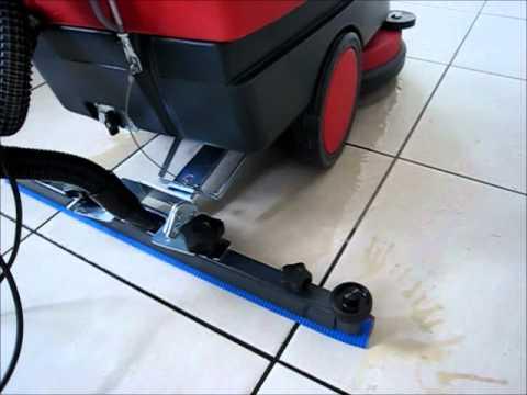 Cleanfix 431 E elektrikli zemin temizlik makinası