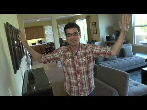 Dream House Featurette 'Look Inside'