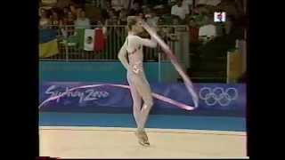 Eva SERRANO (FRA) ribbon - 2000 Sydney Olympics qualifs