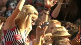 Dizzee Rascal - Holiday (Live at V Festival 2009) [22/08/09]