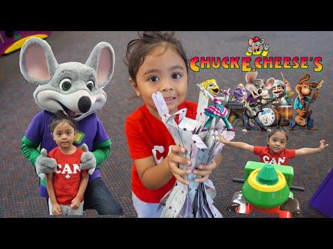 3 Year old winning big at Chuck E Cheese