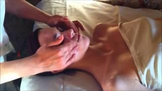 Смотреть онлайн Техника косметического массажа лица