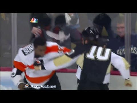 Wayne Simmonds vs Tanner Glass
