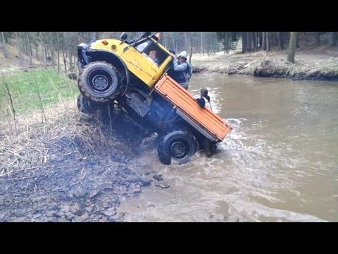 Mercedes Unimog Extreme Off-Road Compilation