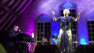 Julia Fordham and Grant Mitchell - I can't help myself