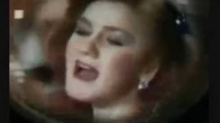 تحميل و مشاهدة ذهبيات ميادة الحناوي YouTube MP3