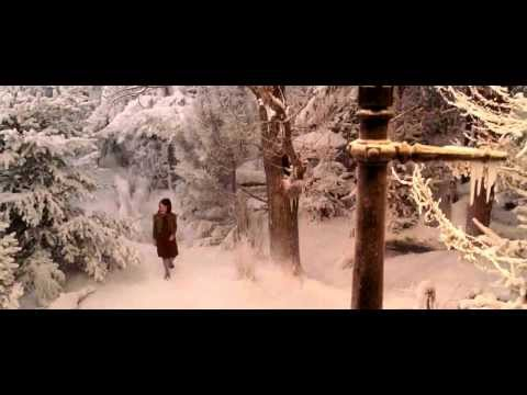 Lucy discovers Narnia