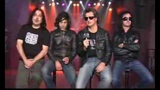 preview picture of video 'FANATICOS Entrevista y directo Sala Gamma 01-12-2007 Murcia'
