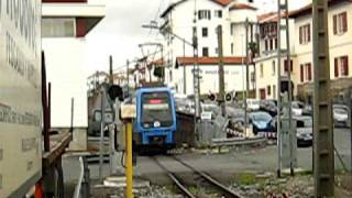 preview picture of video 'EuskoTren EMU from Lasarte and Irún...'