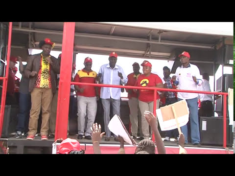 "John DeMathew Jubilee Road Show Performing ""Ningireria Kane"" in Nyandarua"