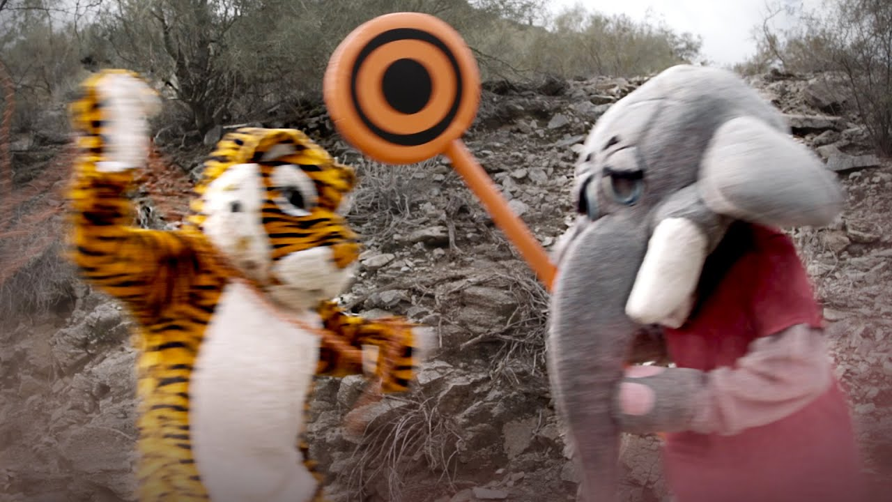Exclusive video footage of Alabama's and Clemson's mascots fighting thumbnail