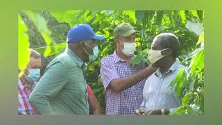 Vice-presidente cubano con los productores santiagueros en la base