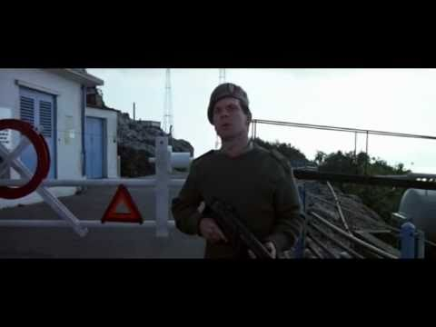 The Living Daylights pre-titles scene - Land Rover