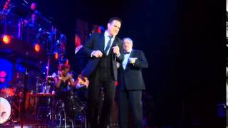 ROBBIE WILLIAMS & PETER CONWAY - DO NOTHIN TILL YOUR HEAR FROM ME (BUDAPEST 2014)