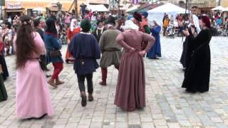 preview picture of video 'Tanzgruppe von Eulenspiel & Spielleute von Tanzebom in Eggenburg: Mauriskentanz'