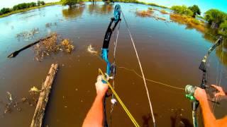 Смотреть онлайн Крутая рыбалка с блочными луками