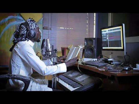 Sabuwar wakar_Nazifi_Asnanic_ Video Akan _Fadan Jos Hausa Song 2018 Ft. Murja A. Baba