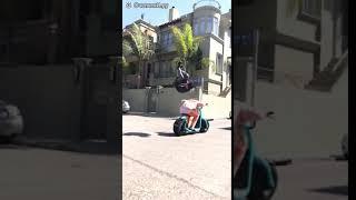 Прикол 2018 №15 (Прыжок через скутер)