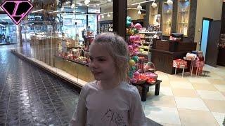 ОГРОМНЫЙ магазин сладостей конфет шоколад с Малышами грузовичками трактор щенячий патруль