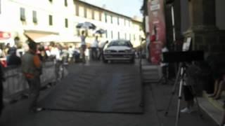 preview picture of video 'Tuscan Rewind 2012 Partenza prima giornata Parte 3'