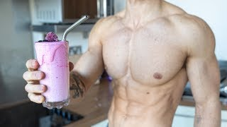 7 HEALTHY and EASY Smoothie Recipes (for building muscle & fat loss)