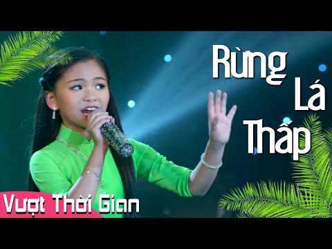 Bé gái 10 tuổi hát Rừng Lá Thấp khiến Triệu người Mê Mẩn -  Bé Lena Phương Vy