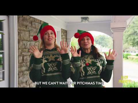 Pretty on Pitch – Christmas in July  with Elizabeth Banks - Go Pitch Yourself Winner #1