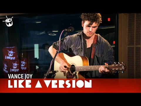 Vance Joy 'Riptide' live on triple j