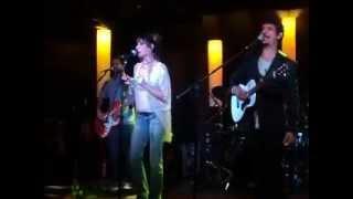 """Fernanda Abreu, cantando """"Dois"""" no show de Pedro Luis - Abril2012"""